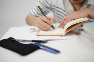 a0055_000848 資格の勉強 study ペン ノート 学習 レッスン 学校 教材