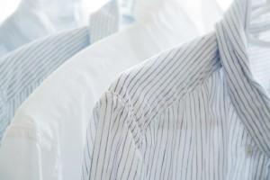 シャツなど、脇の部分をチェックしてみましょう