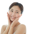 驚くほど肌が艶々美肌になれるこんにゃくスポンジの効果とは?