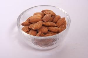 脂質摂取が少ないことはホルモンへ悪影響