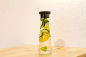 detox-684107_640 fruit water フルーツウォーター デトックスウォーター 美容 水