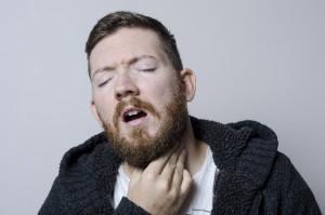 扁桃腺が痛いのは何が原因?