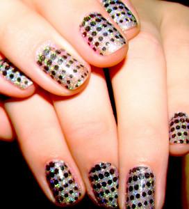Courtney Rhodes Follow /Sparkly Dot Nail Art