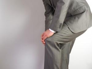 膝が痛いのはツラい…