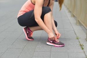 """足の筋肉同士をつなぐ""""腱""""や腱を抑える""""腱鞘""""に関係があります"""