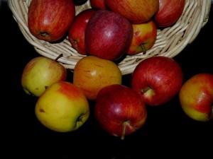 りんごもGI値を下げるために有効な食品