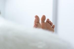 歩くとすぐ疲れる原因「足の指の筋力低下」