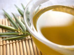 緑茶で美肌を目指せるって本当?