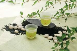 緑茶も臭いを消す働きがあります