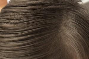 ホホバオイルで頭髪ケア