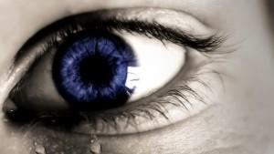 流涙症という目の病気かもしれません。