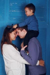 産後のくせ毛の原因として一番の要因は、女性ホルモンの乱れによるもの