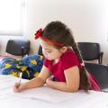 自閉症の治療は家族や周囲のサポートが必要です
