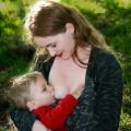 母乳は太りにくいはずが…母乳で乳児肥満の赤ちゃん、将来は?対処方法は?