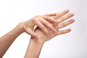 血流を良くして爪の伸びを促進してあげよう!