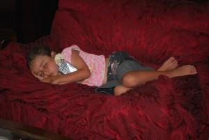 子供がひとり寝をするのはなぜ大切?