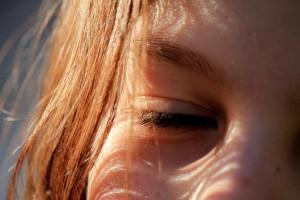 目元の小ジワの種類と原因、そして予防