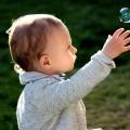 綺麗な頭の形に!赤ちゃんの向き癖の原因って何!?効果的な治し方とは!?