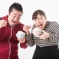 肥満、糖尿病、痴ほう症まで、計り知れない早食いのリスク