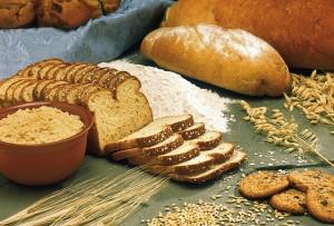 欧米型の食事の普及により、戦後の栄養不足はあっという間に解消しました
