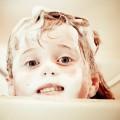 お風呂上りにかゆいのは乾燥肌のせいかも?温熱蕁麻疹の可能性もあります。