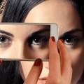 「視線」が怖い視線恐怖症とは?不登校やひきこもりの原因に!